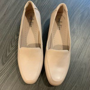 Clarks collection comfort blush pink loafer 8 size